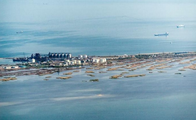Ukrayna karasuları sınırını iki kat arttırdı