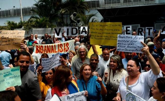 Venezuela'da yabancı gazeteciler gözaltına alındı