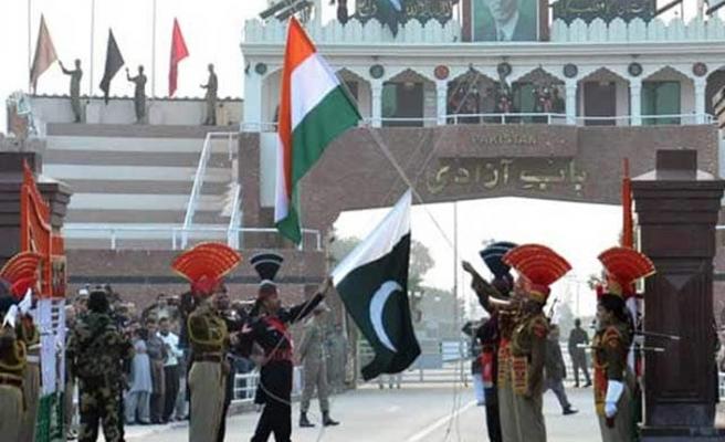 AB'den Hindistan ve Pakistan'a itidal çağrısı