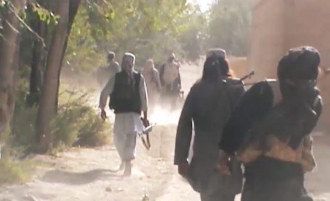 Afganistan'da askeri karakola saldırı