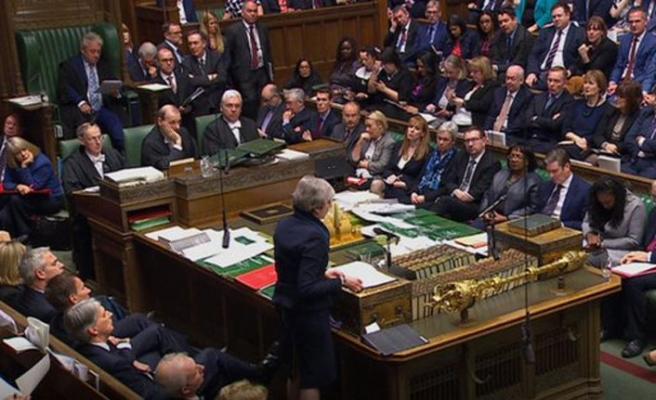 Anlaşmasız ayrılık İngiliz parlamentosuna sunulacak