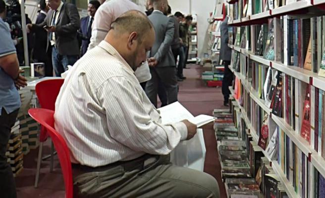 Bağdat Kitap Fuarı'nda kitap ithalatı ve vergi açıklaması