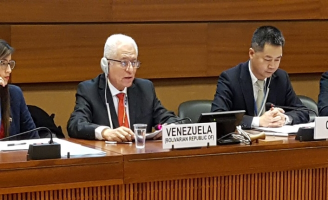 BM önünde ABD'ye Venezuela protestosu