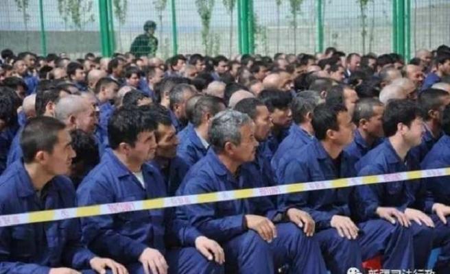 Çin, Uygur tutuklularını gizlice, başka hapishanelere transfer ediyor