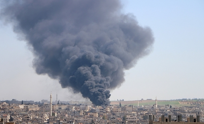 Esed rejiminin İdlib'e saldırısında 5 sivil öldü