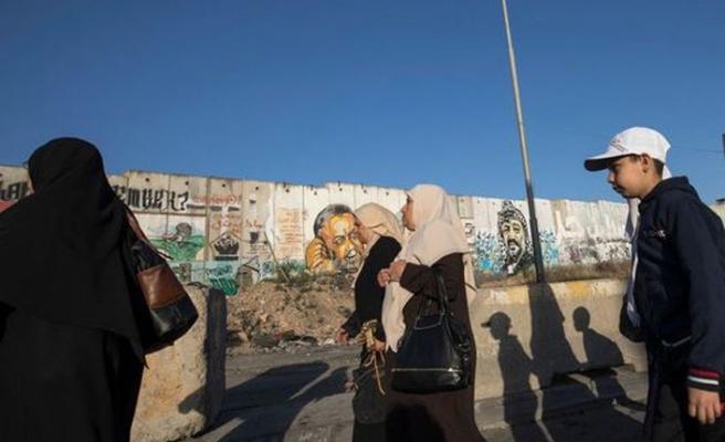 Filistin hükümeti tutukluların ve şehit ailelerinin maaşlarını kesti