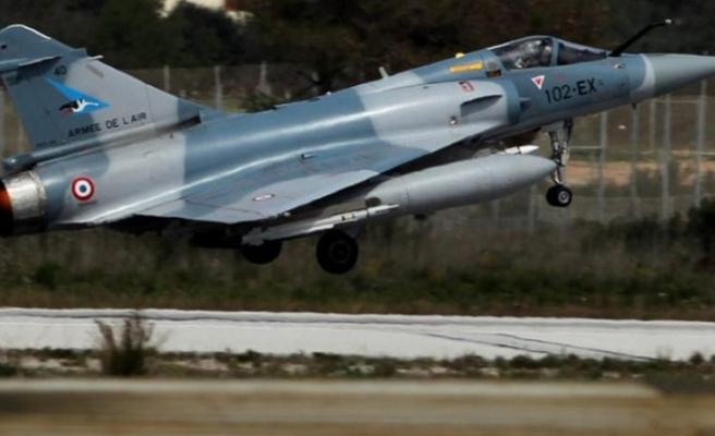 Fransa'dan Çad'ın Libya sınırına hava operasyonu