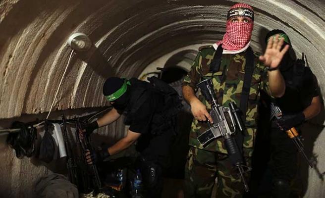 Gazze tünellerinde zehirli gaz: 2 ölü