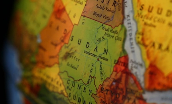'Gençler Sudan'ı yıkıma götüreceklerinin farkında değil'