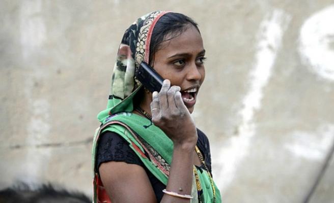 Hindistan'da kadınlar için panik butonları uygulaması başlatılıyor