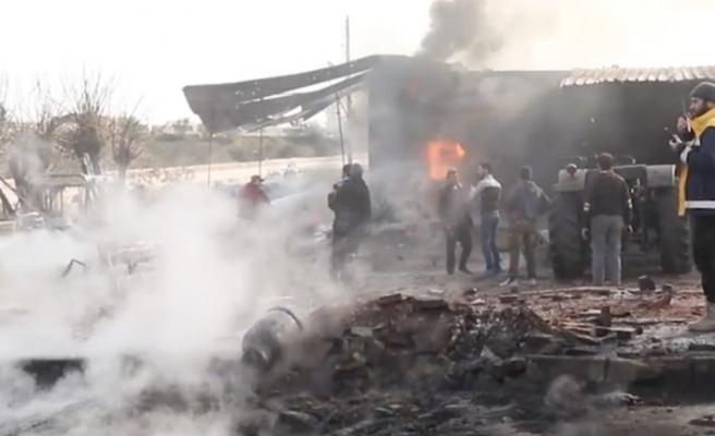 İdlib'e hava ve kara saldırısı