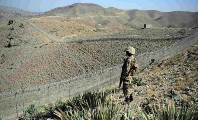 İran'dan Pakistan'a kritik uyarı