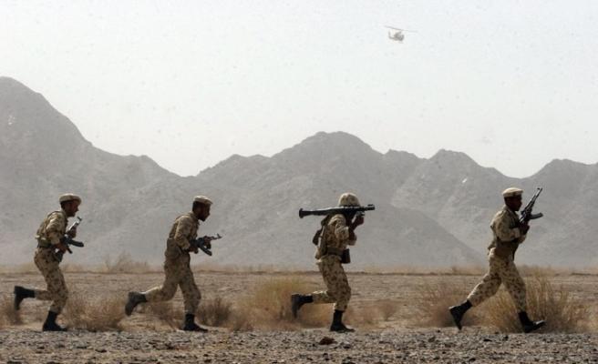 İran Devrim Muhafızlarına saldırı: Bir ölü