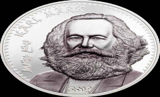 Karl Marx Moğolistan'da dolaşıma giriyor