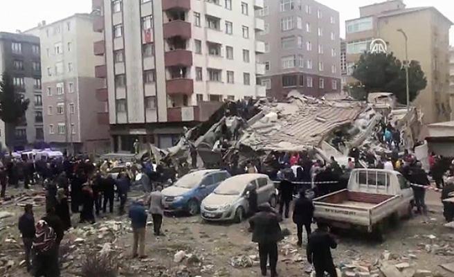 Kartal Orhantepe'de 6 katlı bina çöktü