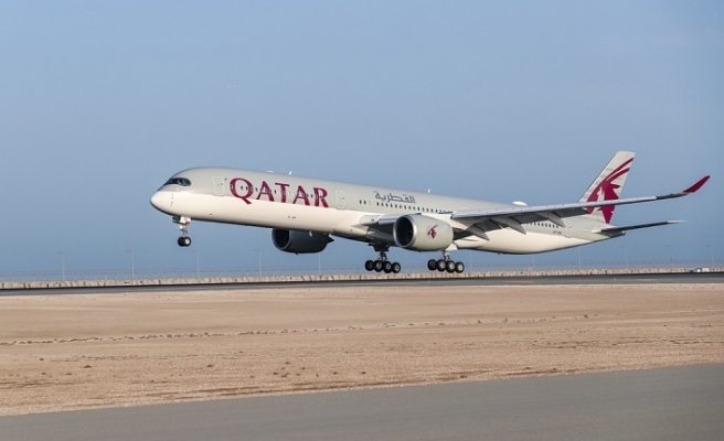 Katar Pakistan'a uçuşları askıya aldı