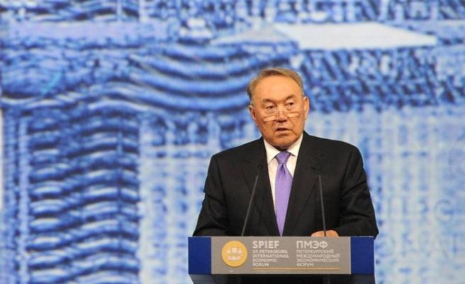 Kazakistan'da siyasi deprem! Hükümet feshedildi…