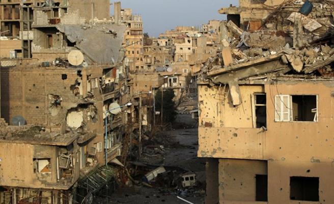 Koalisyon saldırıları Deyrizor'da 50 sivili öldürdü