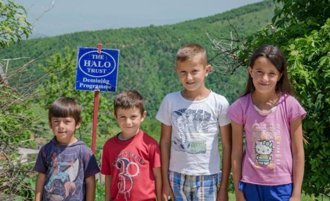 Kosova, yasaların yokluğunda çocukları yönetmeliklerle koruyor