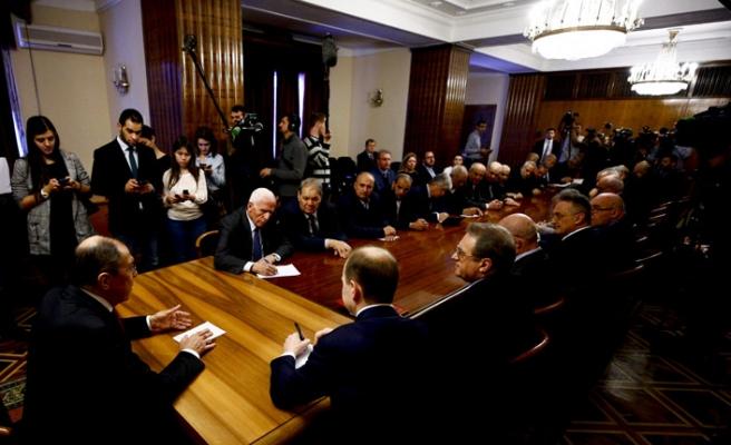 Lavrov Hamas ve Fetih grubu ile buluştu