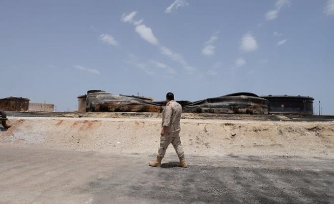 Libya'da petrol kuyularının güvenliği düşündürüyor