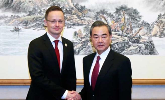 Macar Bakan: AB'nin Çin politikası ikiyüzlü