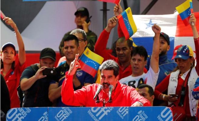 Maduro, Caracas sokaklarında