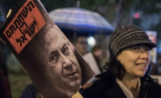 Netanyahu'nun üç yolsuzluk dosyası sunulmaya hazır