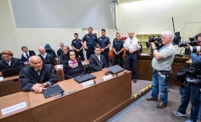 NSU davası hükümlüsü Zschaepe Chemnitz Cezaevi'ne nakledildi