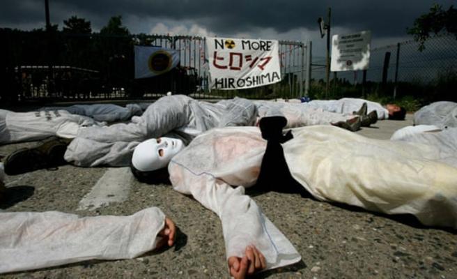 Nükleer protestosu yapan 4 AP üyesine gözaltı