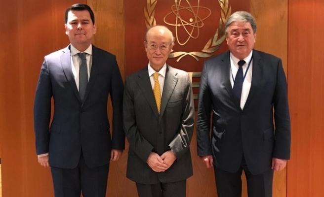 Özbekistan heyeti IAEA başkanı Yukiya Amano ile bir araya geldi
