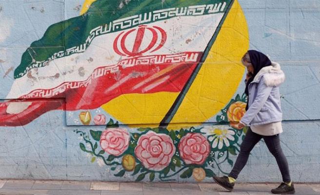 Polonya İran'a söz verdi