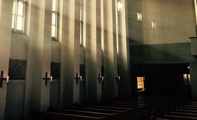 Rahibelerden 'Kiliselerin yapısını değiştirin' çağrısı
