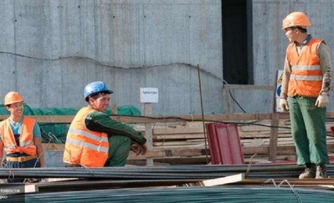 Rusya, Tacikistan ve Kırgızistan'da göçmen işçi bürosu açıyor