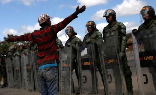 Rusya: Venezuela'ya askeri müdahaleye karşı çıkın
