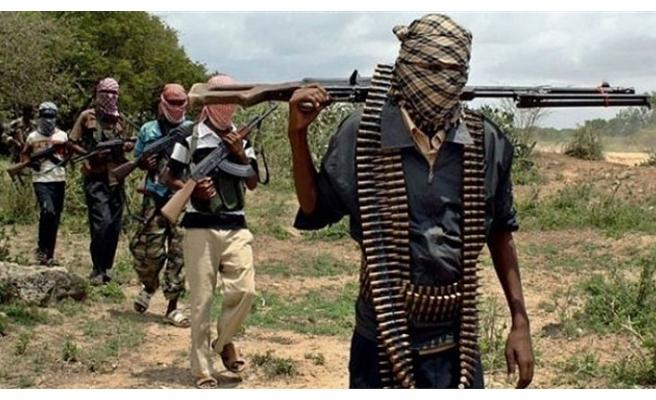 Somali'de 10 eş-Şebab militanı öldü