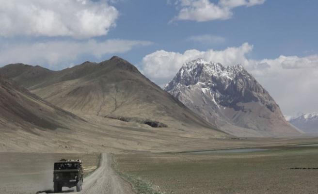 Tacikistan'ın Gorno-Badahşan bölgesinde Çin'in askeri üssü