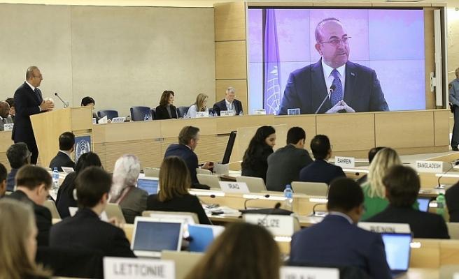 Çavuşoğlu: Uygur Türklerine yönelik hak ihlaline ilişkin bulgular endişe kaynağı