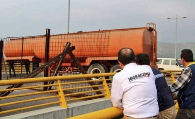 Venezuela-Kolombiya sınırında gergin bekleyiş