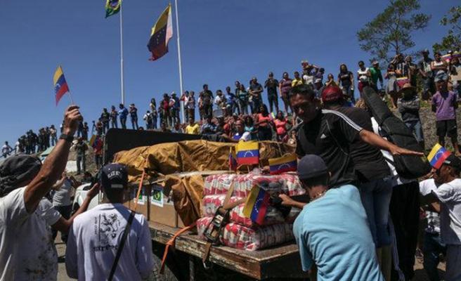 Venezuelalılar için tek seçenek patika yol
