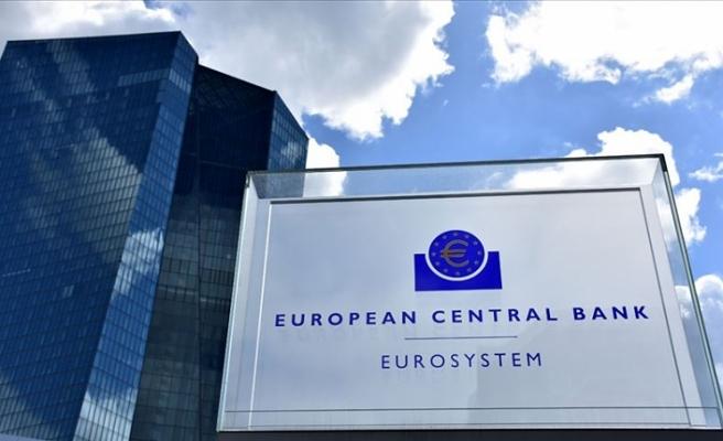 ECB Başkanı Mario Draghi: Avro Bölgesi büyüme görünümünde belirsizlikler devam ediyor