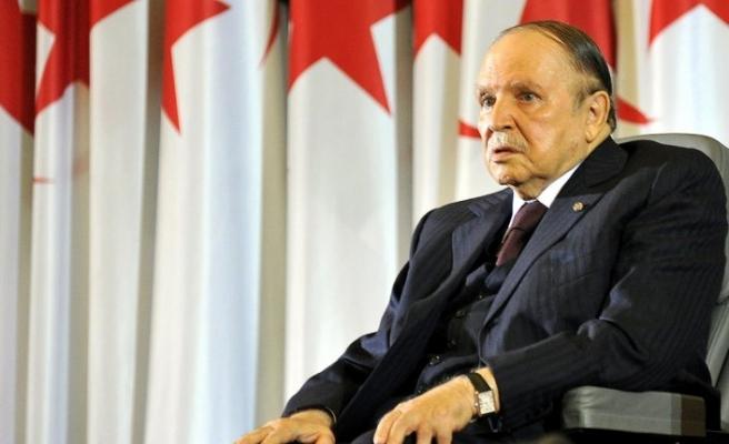 Cezayir'de cumhurbaşkanı aday adayından 'Buteflika çekilmezse çekiliriz' tehdidi