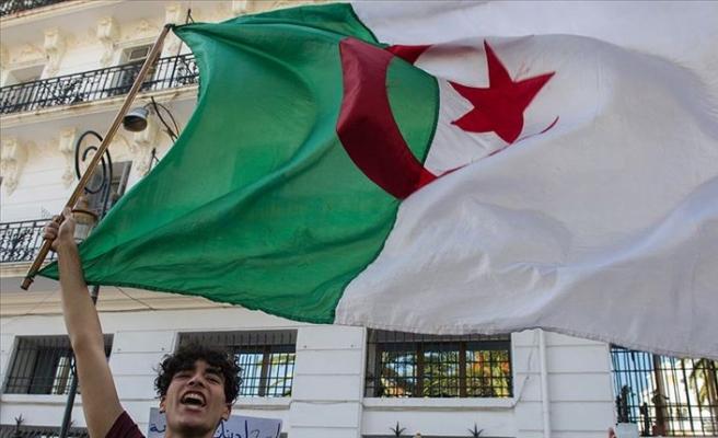 Cezayir'de yeni hükümet bir hafta içinde kurulacak