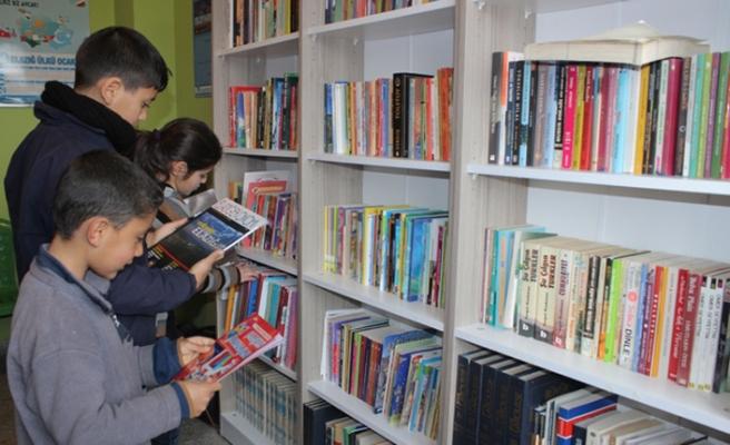 Elazığ'ın Z-Kütüphanesi Keban'da açıldı