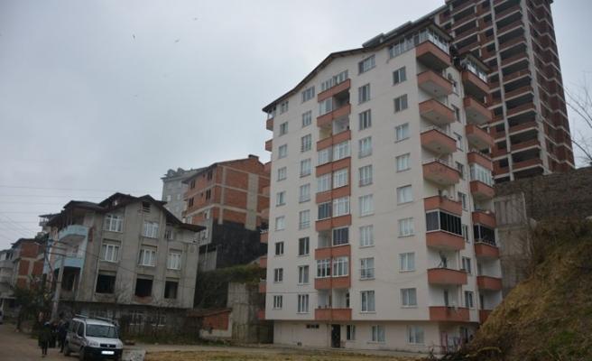 Fatsa'da 10 katlı bina tahliye edildi