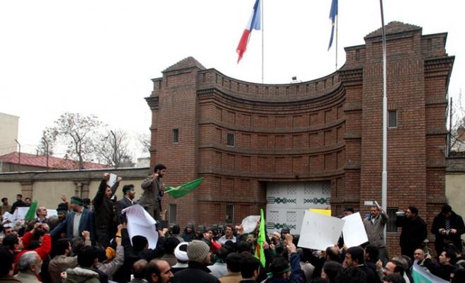 Fransa ve İran altı ay sonra barıştı