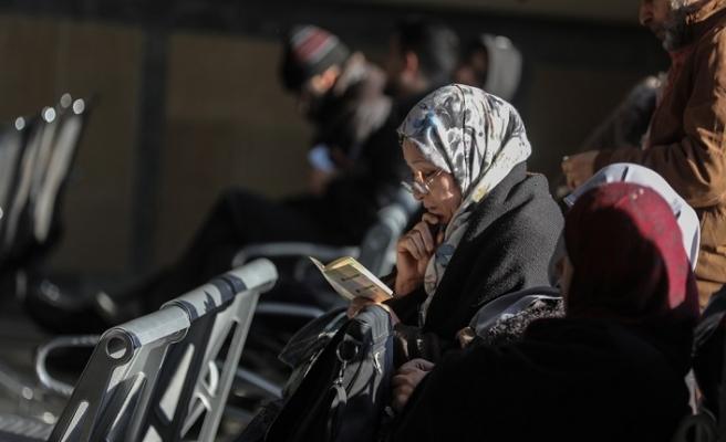 Gazze'den ilk umre kafilesi yola çıktı