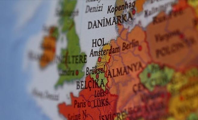 Hollanda'da bir ailenin evine ırkçı saldırı