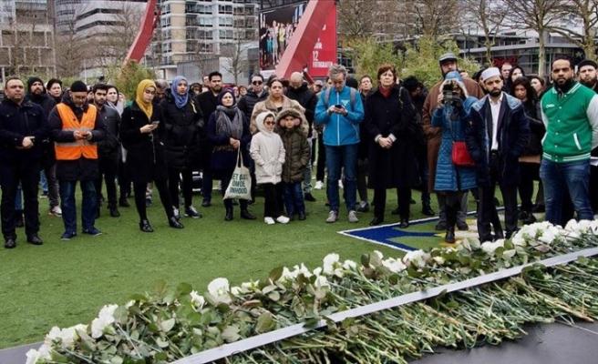 Hollanda'da Yeni Zelanda'daki terör saldırısı için anma töreni