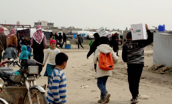 İHH'dan Suriye halkına gıda desteği